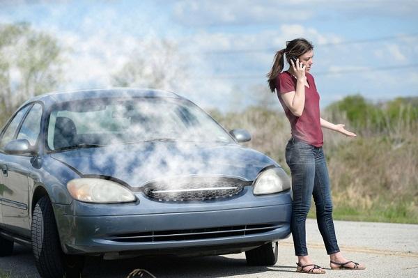 خدمة وإصلاح دورة التبريد في السيارات